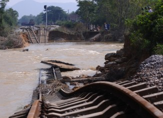 Vietnam desperate for flood prevention