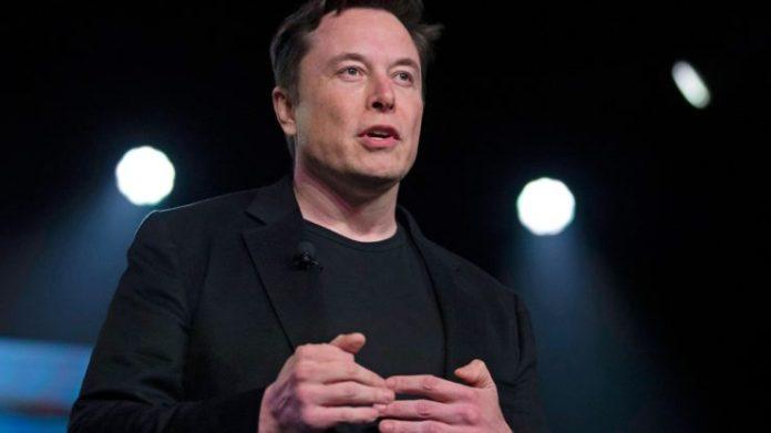 Elon Musk admits to still owning Bitcoin
