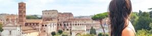 Giovane Donna visita Roma