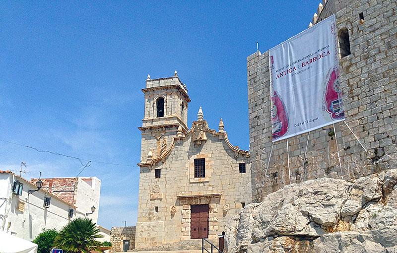 iglesia y castillo de peñiscola