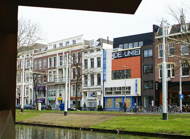 Café de Unie, arquitectura moderna en Rotterdam