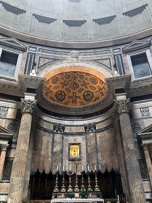 Panteón de Agripa Altar
