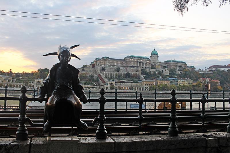 Estatua de la Princesita, Budapest