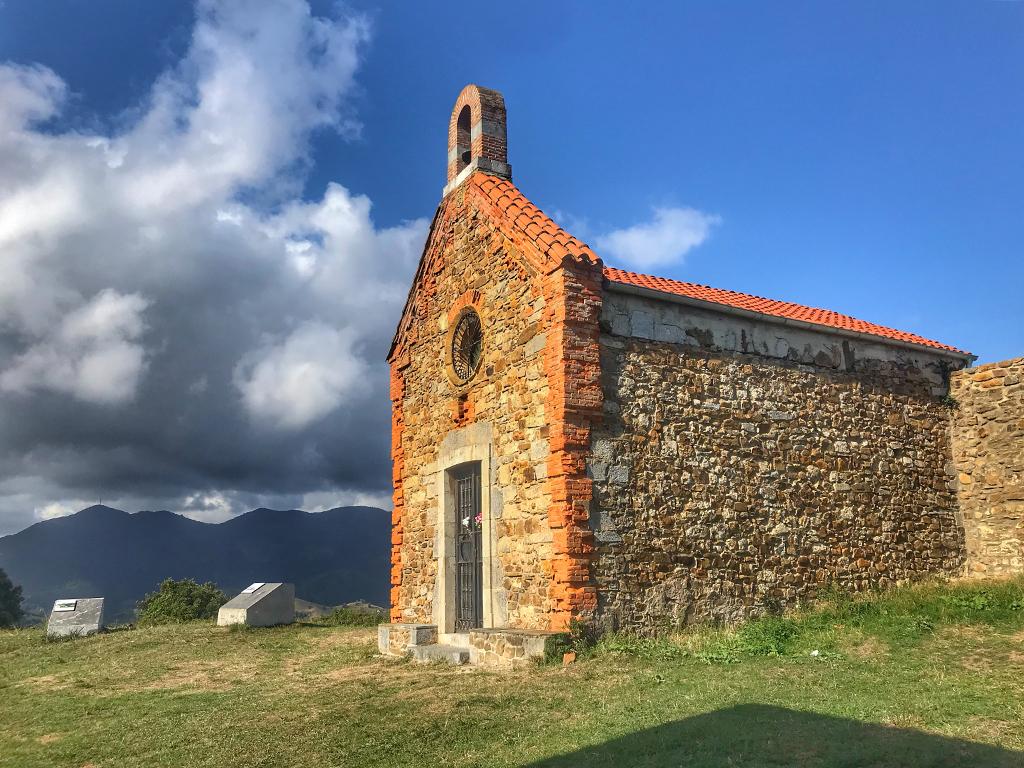 Santa Catalina, pequeña ermita en Deba