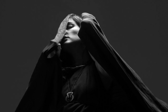 Zola Jesus Featured
