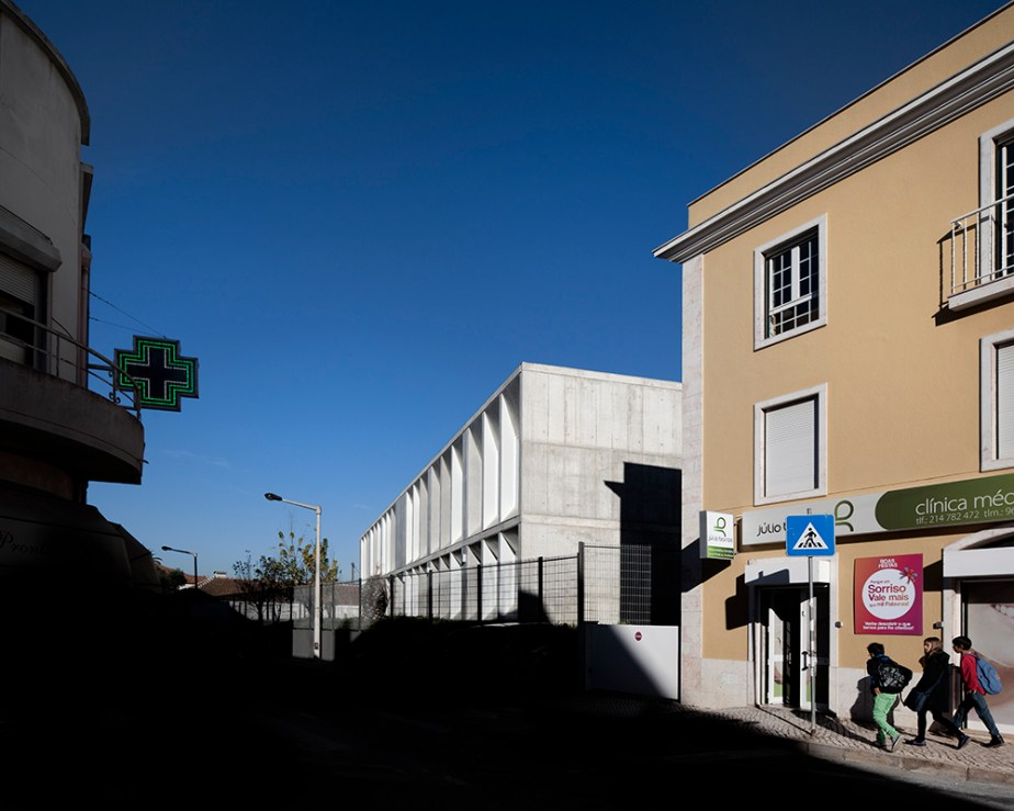 braamcamp-freire-school-cvdb-burnay-verissimo-lisboa-invisiblegentleman-©IG044006015