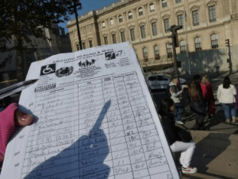 Fake-petition-handicapped-children-scam-Paris