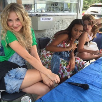 STANDOFF#11 - Audrey Whitby, Sydney Park, McKaley Miller - Audrey Whitby, Sydney Park and McKaley Miller hang out between takes.