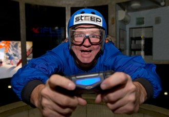 eddie-the-eagle-takes-on-steep-challenge
