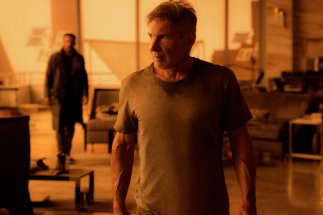 (L-R) RYAN GOSLING as K and HARRISON FORD as Rick Deckard in Alcon EntertainmentÕs sci fi thriller ÒBLADE RUNNER 2049 in association with Columbia Pictures, domestic distribution by Warner Bros. Pictures and international distribution by Sony Pictures Releasing International.