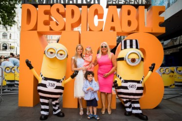 VANESSA_FELTZ_700071371TF012_Despicable_M