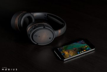 Audeze Mobius Copper w iPhone (1)
