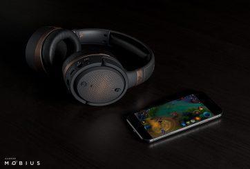 Audeze Mobius Copper w iPhone (1)