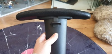 Side Armrest inc: adjustable button