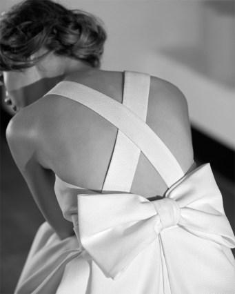 Vestido novia espalda tiras Jesús Peiró