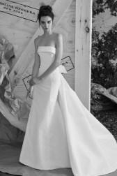 Carolina Herrera Novias Primavera 2017 modelo Arielle B&N