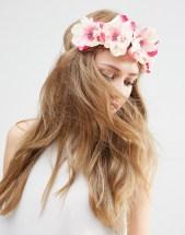 Corona flores rosas Asos