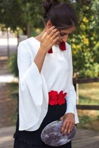 ook invitada perfecta boda vestido largo falda larga manga larga blanco negro Wild Pony