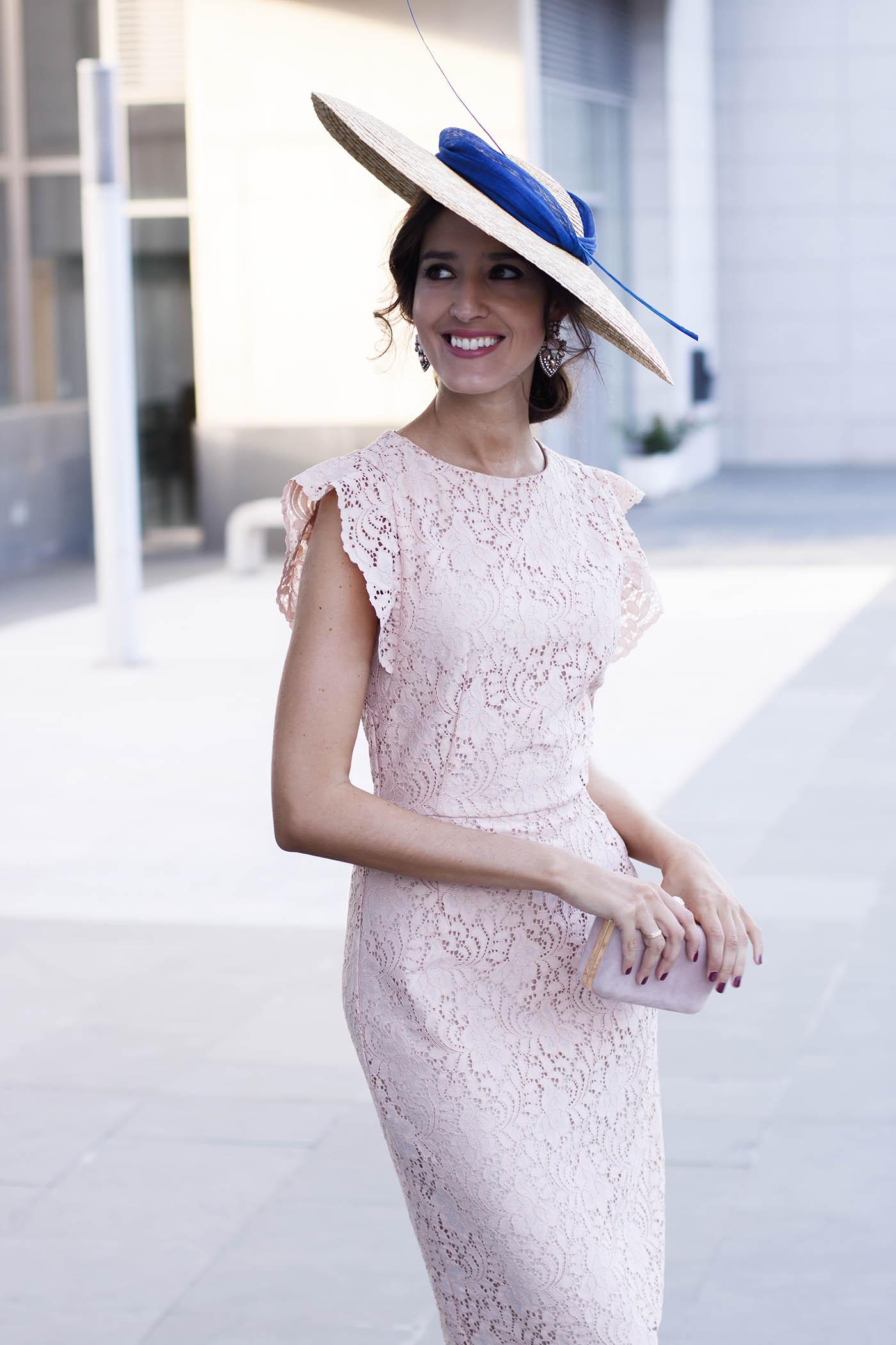 Rosa Perfecta Con Vestido Encaje Invitada Lowcost De Look Zara Y nO0Pwk