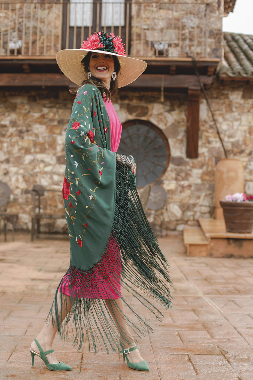 Vestido manton manila para boda