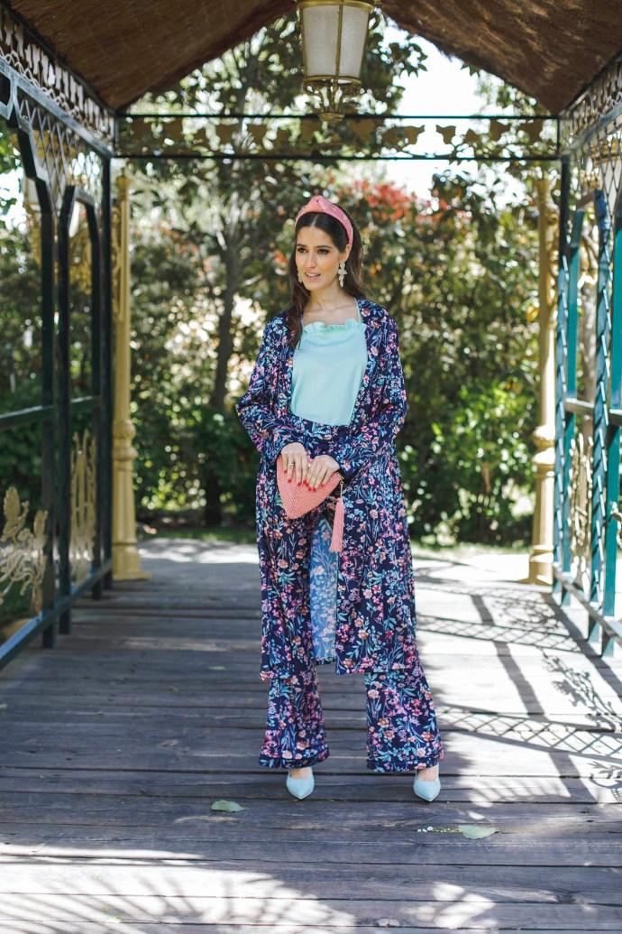 Look invitada boda comunion bautizo conjunto kimono estampado pantalon turbante 2018
