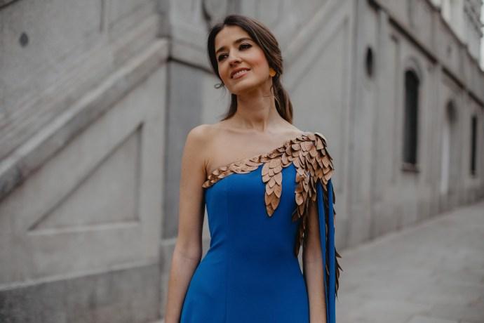 0a0a1c261 Look invitada 2019 boda noche vestido largo hermana novia