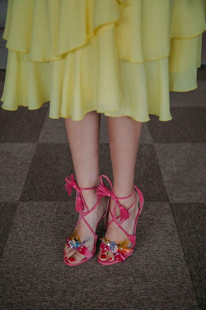 sandalias invitada boda rosa