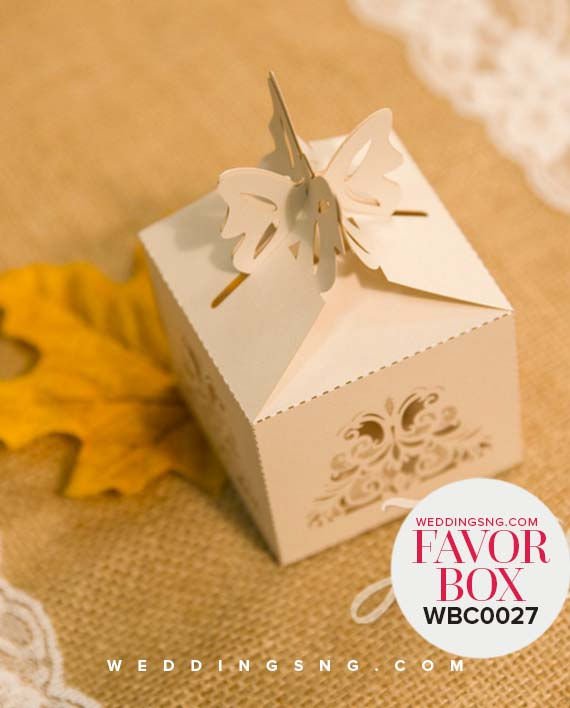 Charming Laser Cut Wedding Favor Boxes WBC0027_3