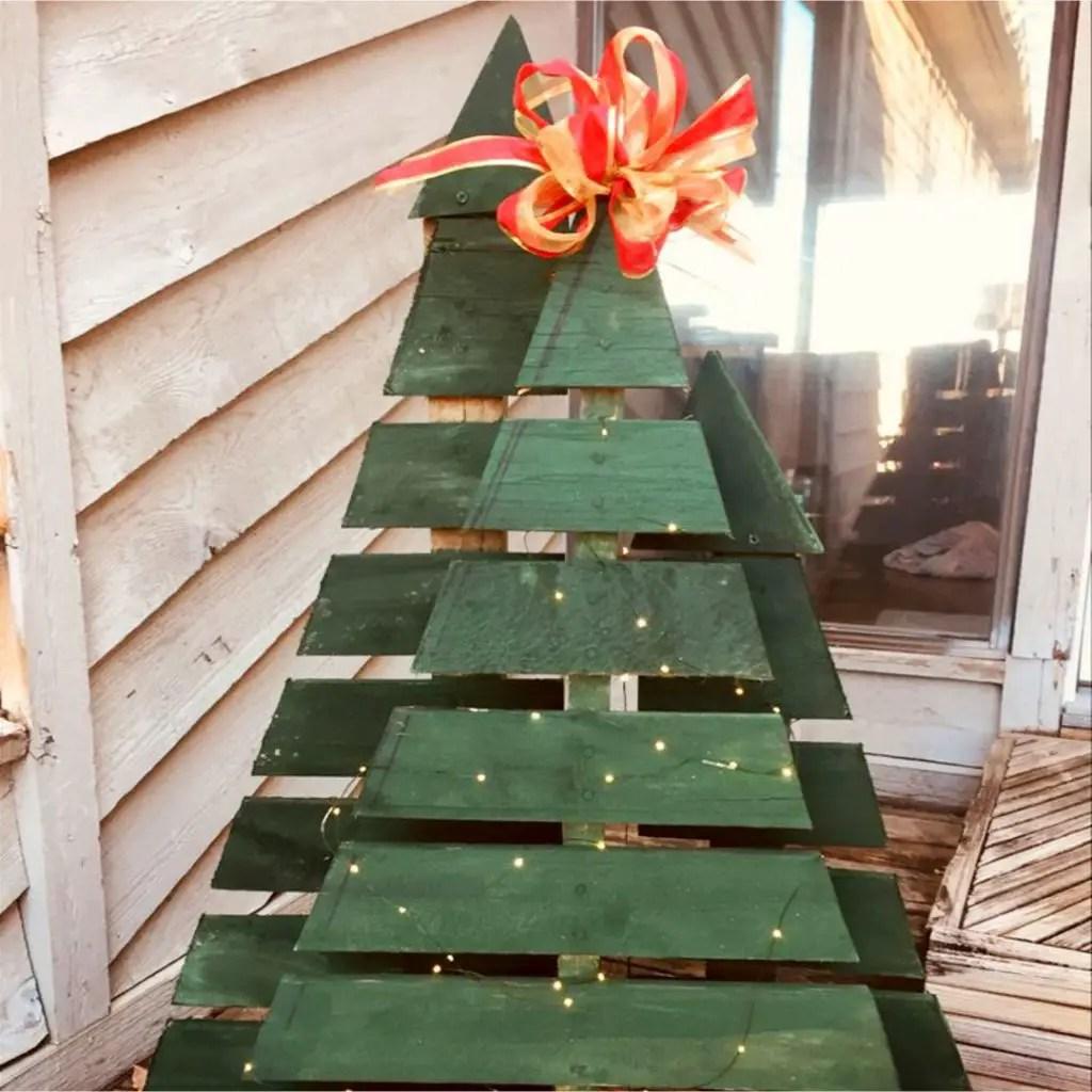 DIY Pallet Christmas Tree Ideas We Tried It Involvery