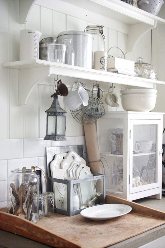 Farmhouse Kitchen Ideas On A Budget PICTURES For May 2019