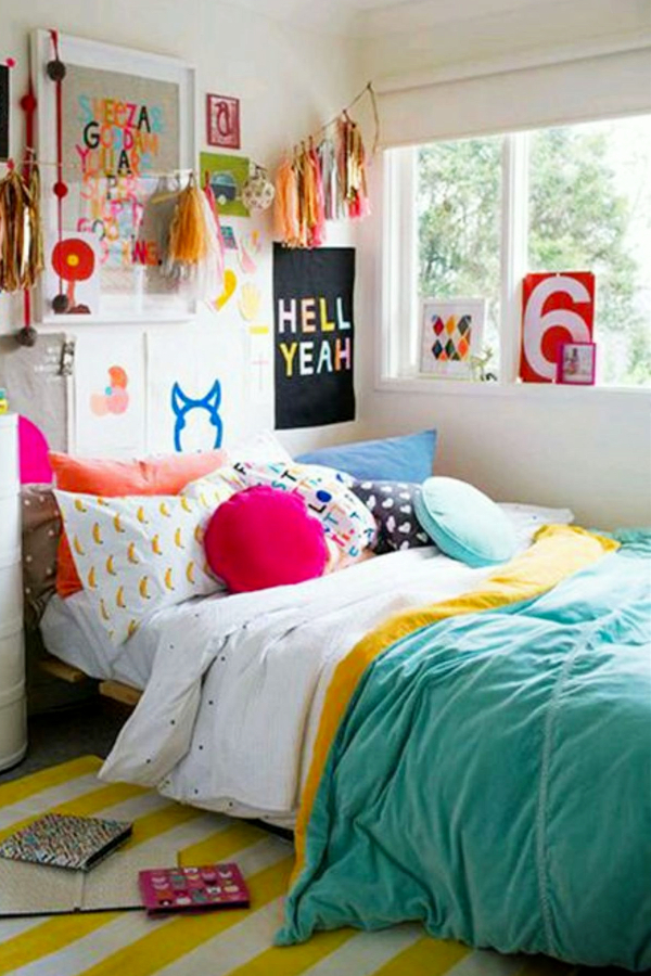 How To Decorate Your Room WITHOUT Buying Anything ... on How To Decorate Your Room  id=51079