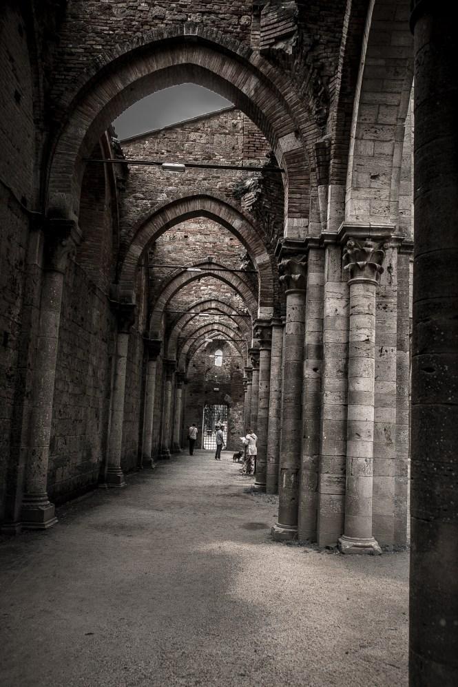 san galgano abbazia