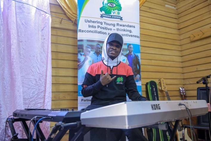 Norbert ucuranga piano