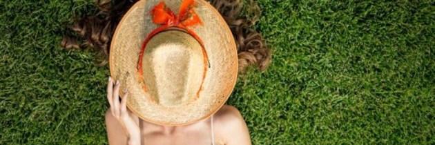 Dacă ești alergică la soare, apelează la remediile naturale