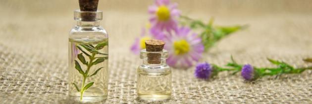 Topul uleiurilor esențiale și efectul lor magic asupra tenului și a părului