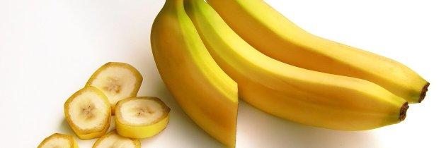 Măști de față cu coajă de banană pentru orice problemă a tenului