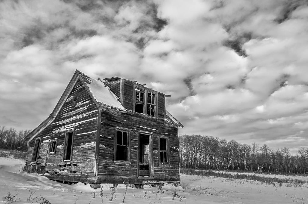 The Little Prairie Farm House That Could