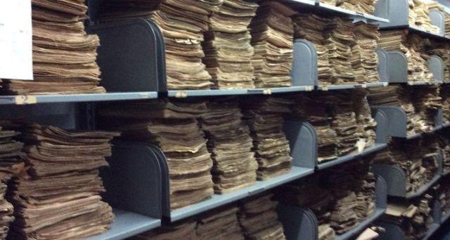 Znalezione obrazy dla zapytania archiwum akt zdjecia