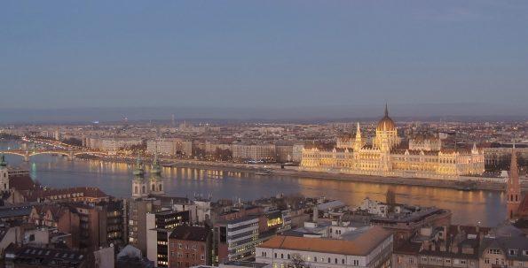 La vista sul Parlamento di Budapest