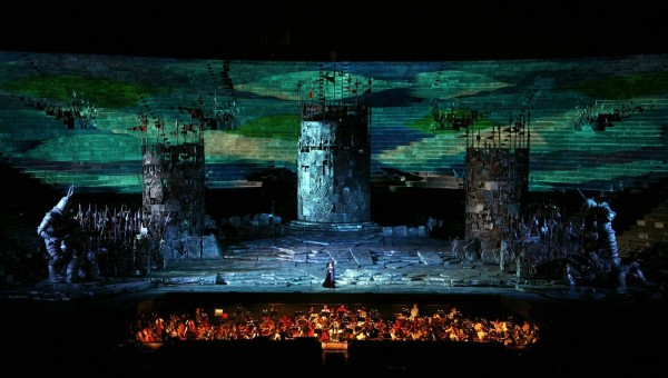 Escena de Il Trovatore en la Arena di Verona