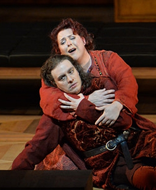 Marie-Nicole Lemieux como Azucena y  Francesco Meli como Manrico