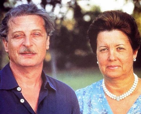 Alfredo Kraus con  Rosa, su mujer