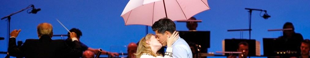 Parapluies de Charbourg Marie Oppert como Geneviève