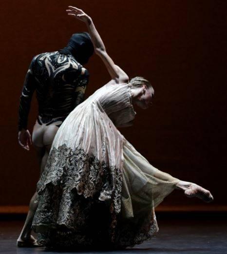 Ballet la Bella y la Bestia Kursaal 2016