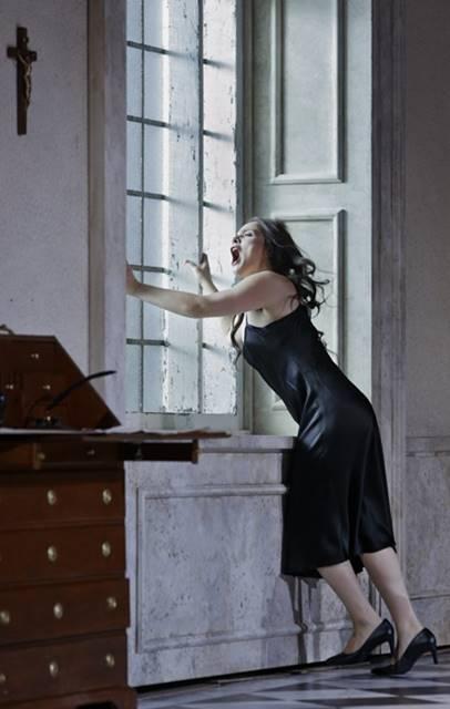 Tosca de Puccini desde Helsinki, desde la Ópera Nacional de Finlandia, vídeo de la ópera en la representación en directo del 7 de octubre de 2018,