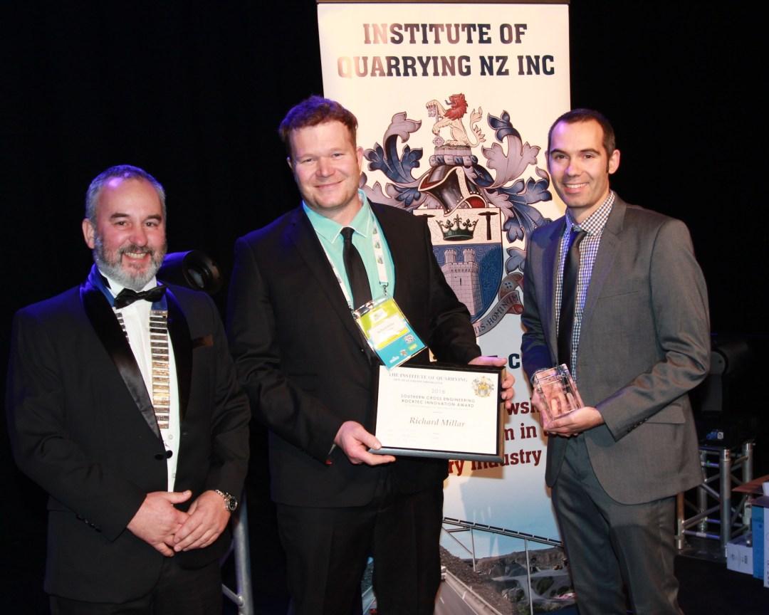 Jason Tapper (R) presents Richard Millar with the SCE Rocktec Award
