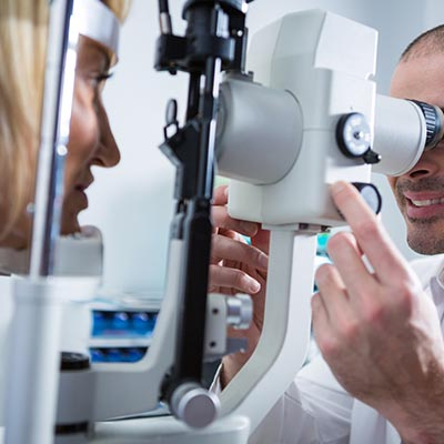 Trabeculectomía. Enfermedades y tratamientos para los problemas oculares por el Instituto Oftalmológico Recoletas.