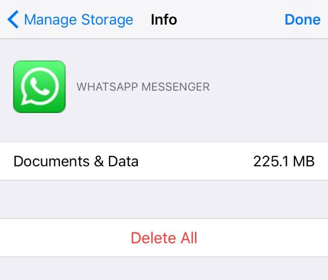 WhatsApp backup iCloud