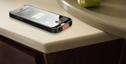 DuPont-Corian-mesa-carga-iphone