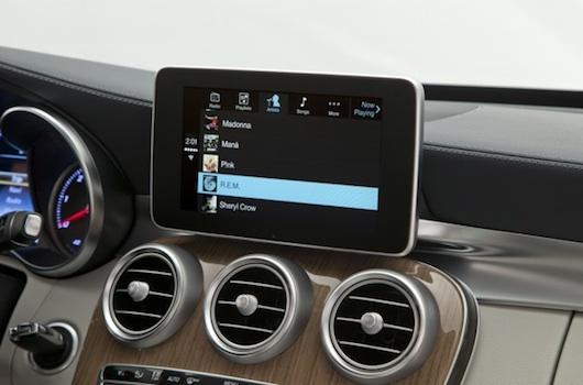 Mercedes-Benz muestra la integración de CarPlay-iosmac-4